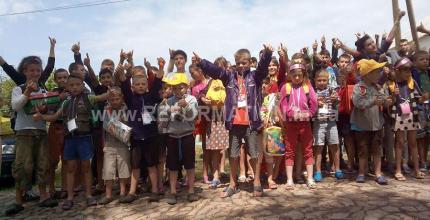 Піщанобрідська спеціальна ЗОШ-інтернат І-ІІІ ступенів була місцем проведення чергового дитячого табору, організованого Фондом «Мир і добробут»